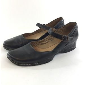 Sofft Black Mary Jane Comfort Shoes 8W Wide